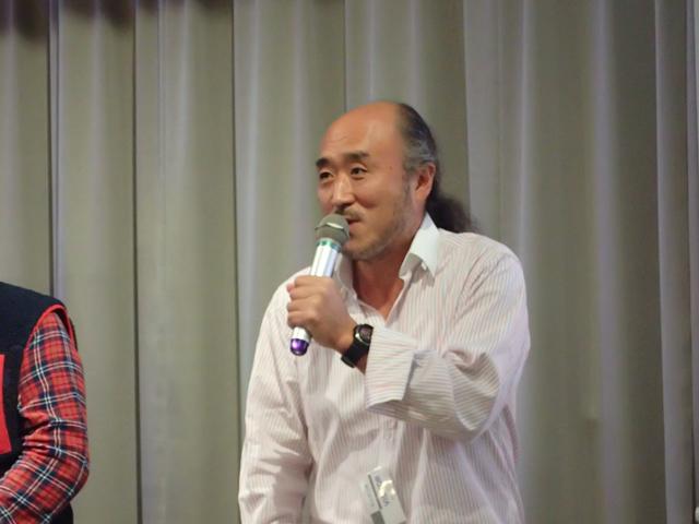 ジャック・マイヨールと一緒に撮影していたときの様子を懐かしそうに楽しそうに語る、高砂淳二さん