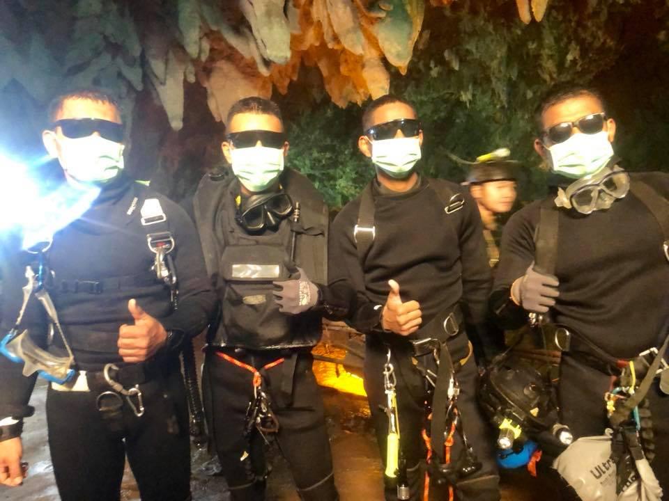 救出に多大な貢献をしたタイ海軍のダイバーたち Royal Thai Navy SealsのFacebookより引用
