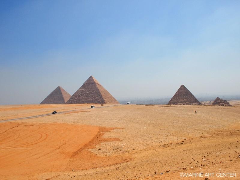 エジプトといえばピラミッド