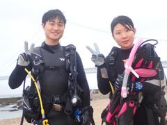 神戸智貴さん(左) 菜月(右)