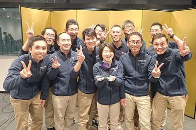 東京店が優秀賞、町田店、横浜店、新宿店、立川店がカスタマーサポート賞を受賞した《パパラギダイビングスクール東京》の皆さん