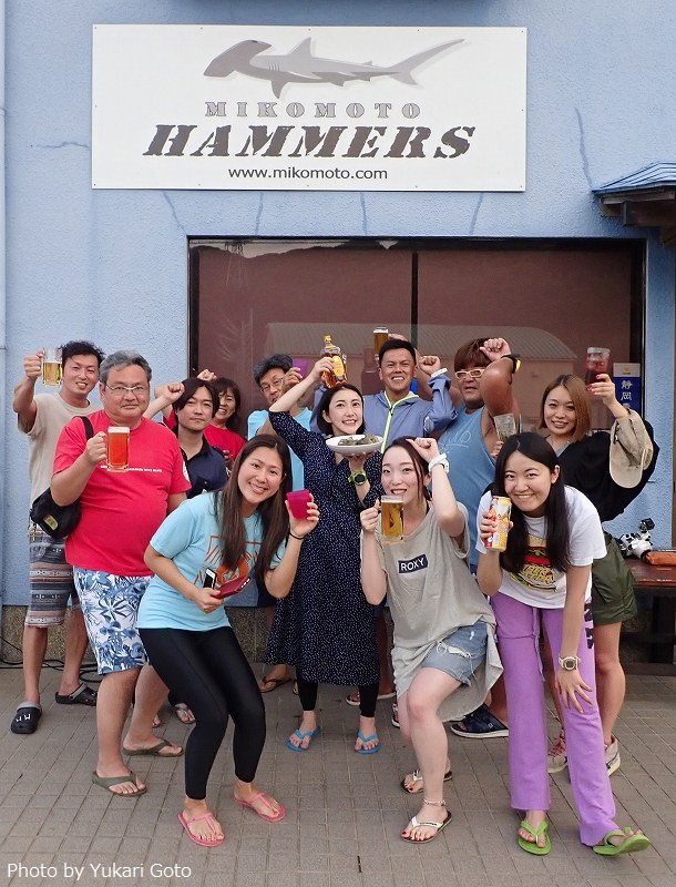 2日間ともハンマーヘッドシャーク、しかもリバーも見たというWeツアー参加者の皆さん