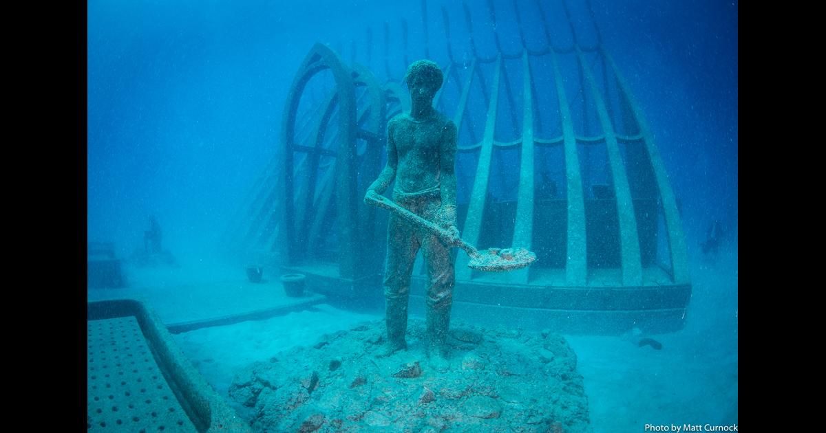 グレートバリアリーフに海中美術館誕生!
