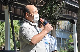 開会式では(株)ナウイエンタープライズ代表取締役社長の岩本裕輝氏があいさつ
