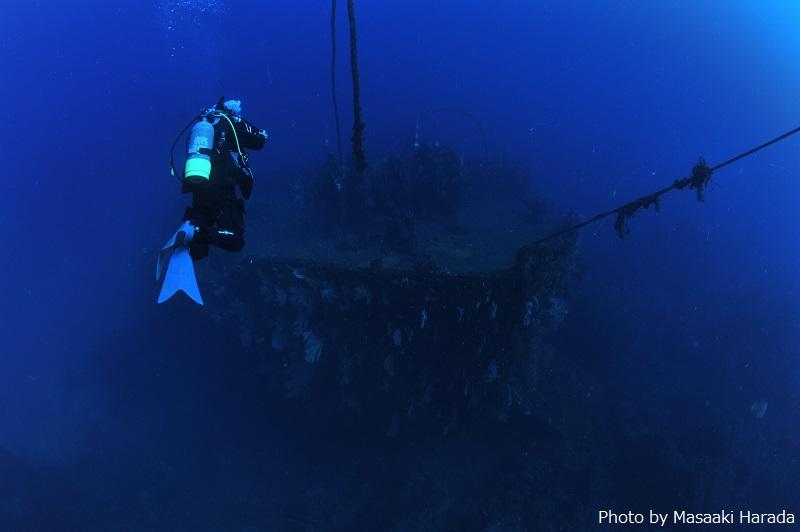 熱海の「旭16号」は、1986年に老朽化が進み沈んだ船。全長80mを超える国内最大級の沈船で、柏崎さんお気に入りのレックだそう