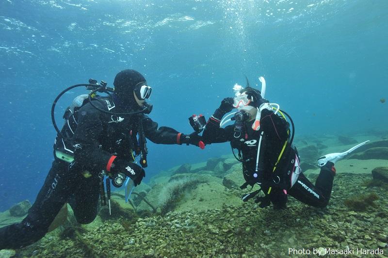 苦手な人が多いマスククリアも、「湾内」の穏やかで、着底できる場所で練習できます